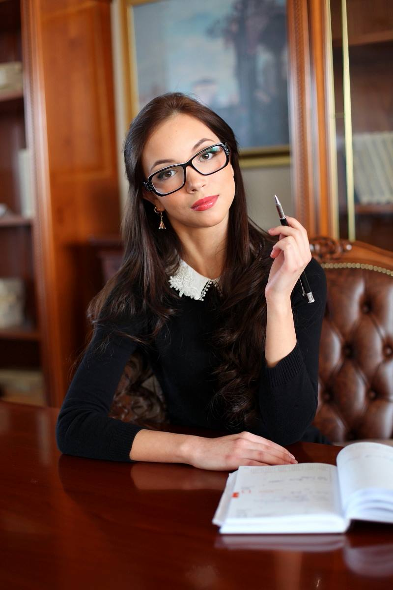Свежие вакансии алматы девушка хостес куплю платину объявления 2012